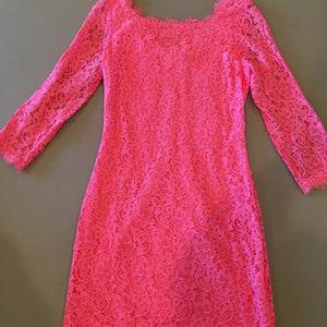 Coral sz 6 Diane von Furstenberg lace dress
